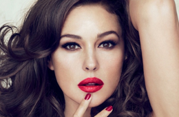 The Distraction: Monica Bellucci