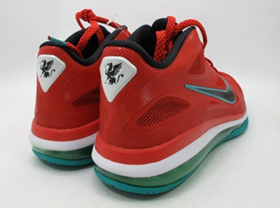 Freshly Dipped: Nike LeBron 9 Low 'Liverpool'