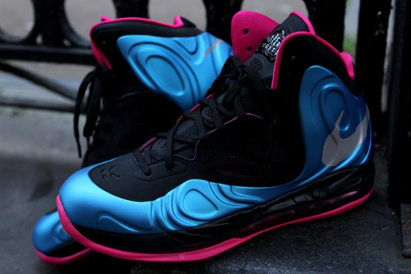nike air max hyperposite fireberry studio
