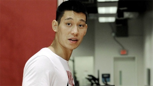 Jeremy Lin Says Knee Still Not 100 Percent