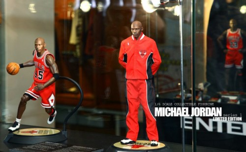 enterbay-micahel-jordan-figure
