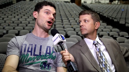 Flula's Interview With Skin Is Just Weird