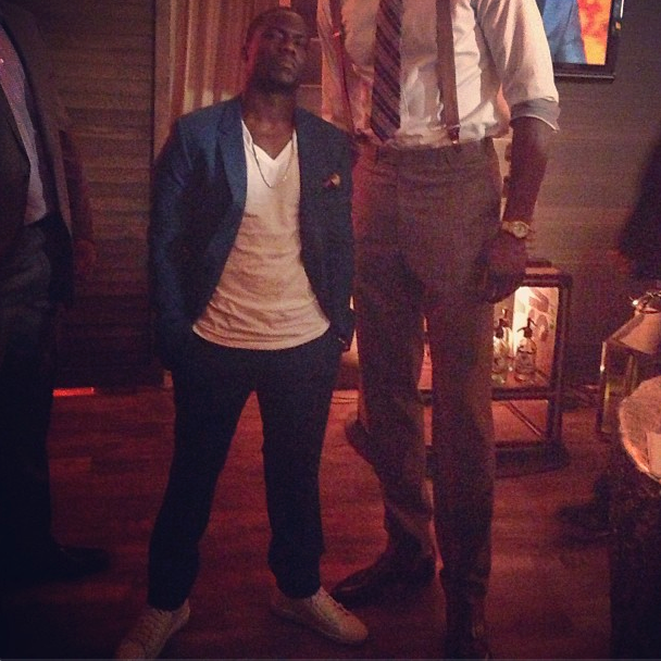 All Of Kevin Hart Standing Next To Half Of Dwight Howard