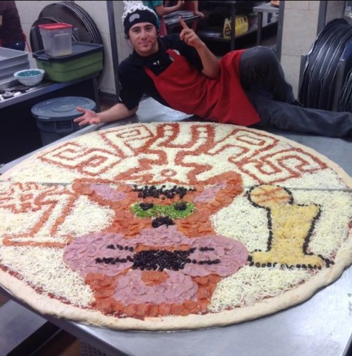 One Gigantic Spurs Pizza