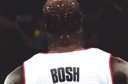 Chris Bosh 8-Foot Raptor In NBA 2K13 Mode
