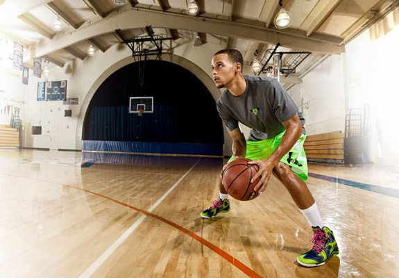 Stephen Curry Joins Under Armour Basketball Roster