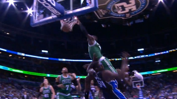 Jeff Green Jumps Up On Jason Maxiell