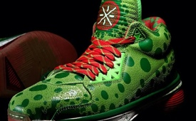Li-Ning Way of Wade 2 'Christmas' Colorway