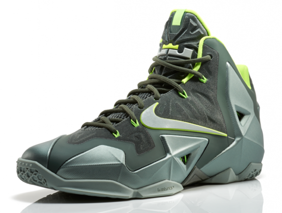 Nike LeBron 11 'Dunkman' Colorway
