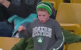 Young Celtics Fan Gets His Dance On