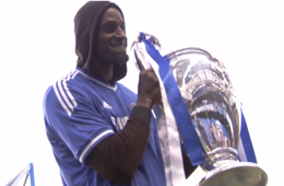 Kevin Garnett Checks Out Chelsea FC In London