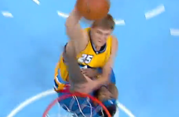 Timofey Mozgov Smashes One on Josh Smith