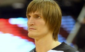 Andrei Kirilenko Opening Five Hooters Restaurants In Russia