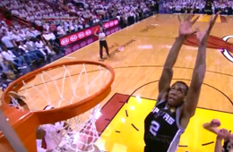 Kawhi Leonard Drops From the Sky For a Vicious Slam