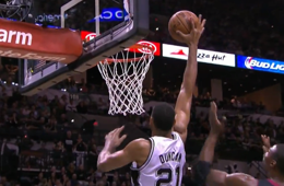 Tim Duncan Turns Back Time With a Putback Slam