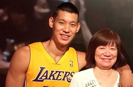 Jeremy Lin Gets Waxed By Madame Tussauds