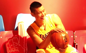 Jeremy Lin Pulls Off an Awesome Wax Figure Prank