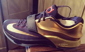 Kevin Durant Shows Off New Nike KD 7 Colorway
