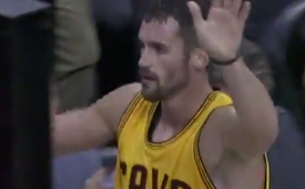 Kevin Love Goes Off on the Bucks