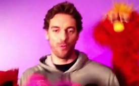 Pau Gasol Find His Way to Sesame Street
