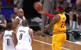 LeBron James Scoop Alley-oop to Tristan Thompson