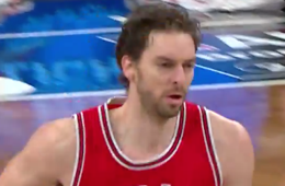Pau Gasol Goes Off In Brooklyn