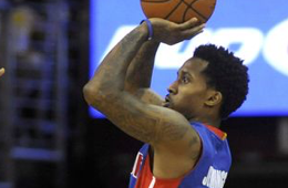 Watch the Detroit Pistons Nail 17 Threes