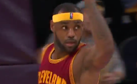 LeBron James Sick No Look Pass to Kevin Love