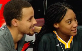 Stephen Curry Meets Mo'ne Davis, Gets an Autograph