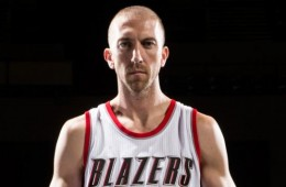 Steve Blake Honors Jerome Kersey, Changes Jersey Number