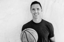 Steve Nash Officially Retires