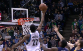 Andrew Wiggins Monster Putback Dunk