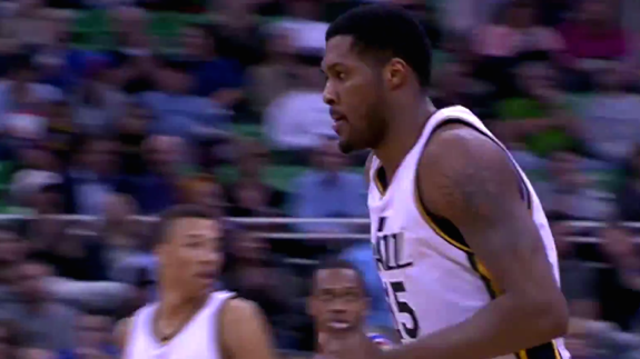 Derrick Favors Drops 29 Points and 12 Rebounds On Knicks