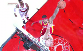 Josh Smith Posterizes Chris Kaman