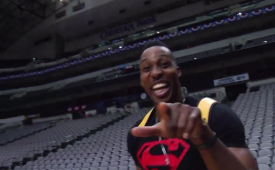 Dwight Howard Hits a Full Court Shot Underhanded