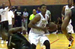 Nick Young Hits a Game-Winner at the Drew League