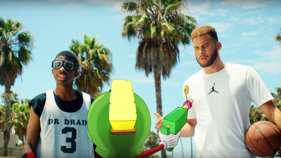 Blake Griffin vs Marvin the Martian, Intergalactic Dunk Contest