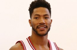 Derrick Rose Injured In Practice
