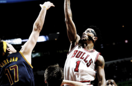 Derrick Rose Scores 18 On Opening Night