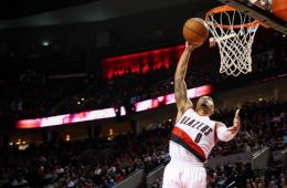 Damian Lillard Is On Fire, Scores 30 Again