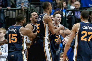Gordon Hayward Extends Jazz Win Streak with Buzzer-Beater