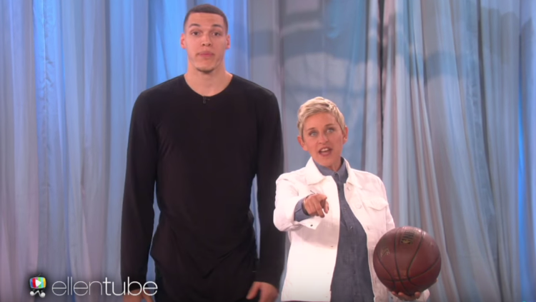 Aaron Gordon Dunks on Ellen