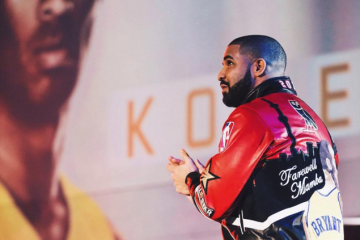 Drake Gave His Kobe Bryant All-Star Jacket to Stephen Curry