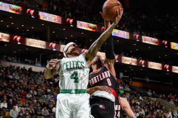 Isaiah Thomas Leads Celtics to 12th Straight Home Win
