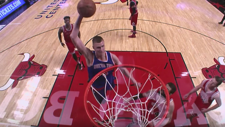 Kristaps Porzingis Goes Off, Knicks Beat Bulls