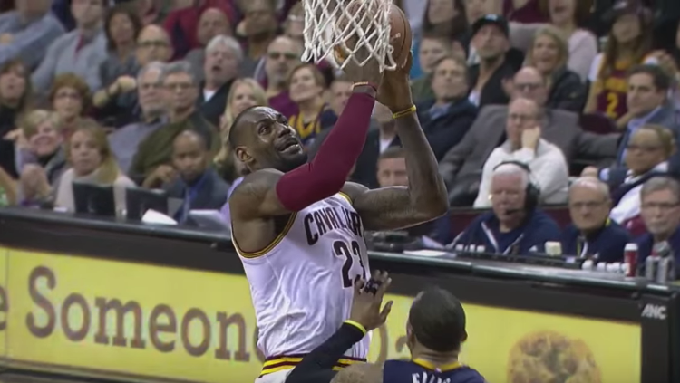 LeBron James Returns, Scores 33 In Cavs Win