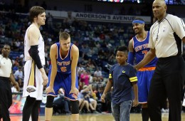 Random Kid Storms Court to Meet Carmelo Anthony