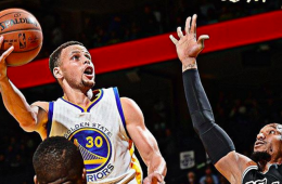 Stephen Curry Scores 27 Points, Warriors Win 70th Game