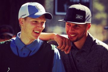 Stephen Curry Throws Mouthpiece at Golf Tournament